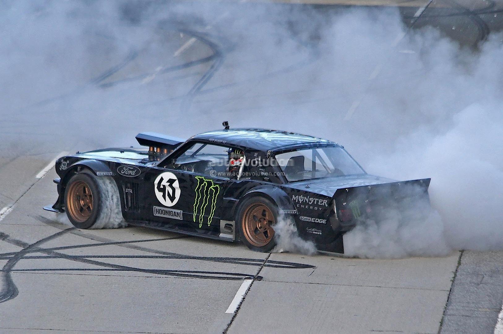 Gymkhana 7 Car Wallpaper Gymkhana 7 Ken Block Drifting Awd Mustang In La