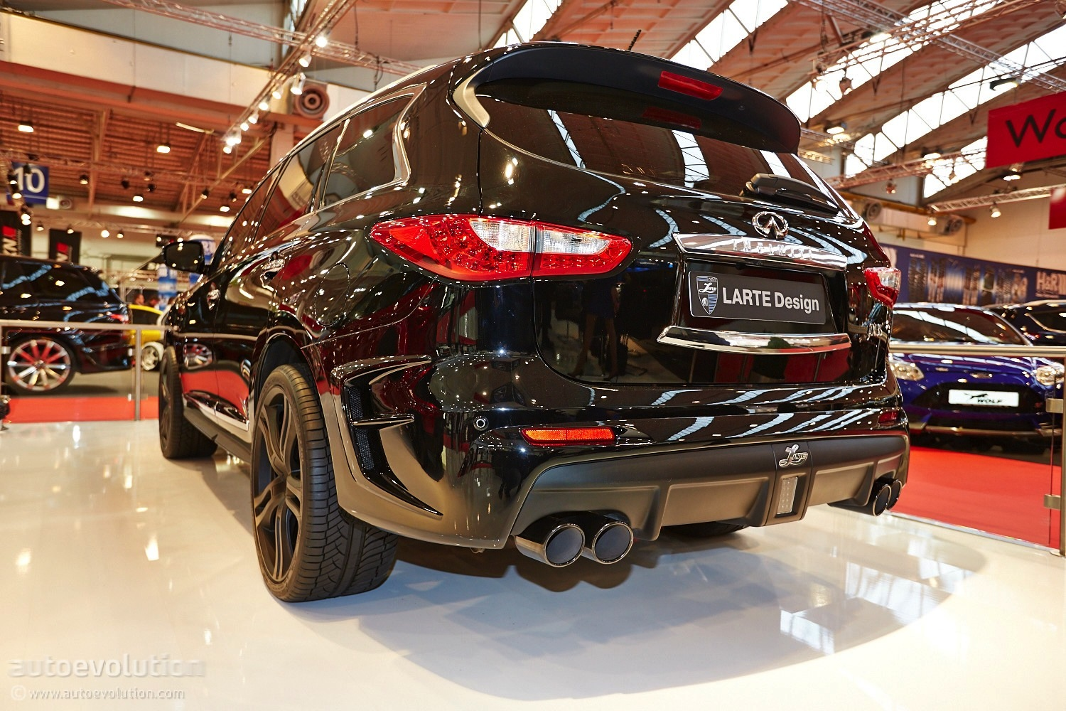 Design Automobile Essen Larte Design Infiniti Qx60 Jx35 At The Essen Motor Show