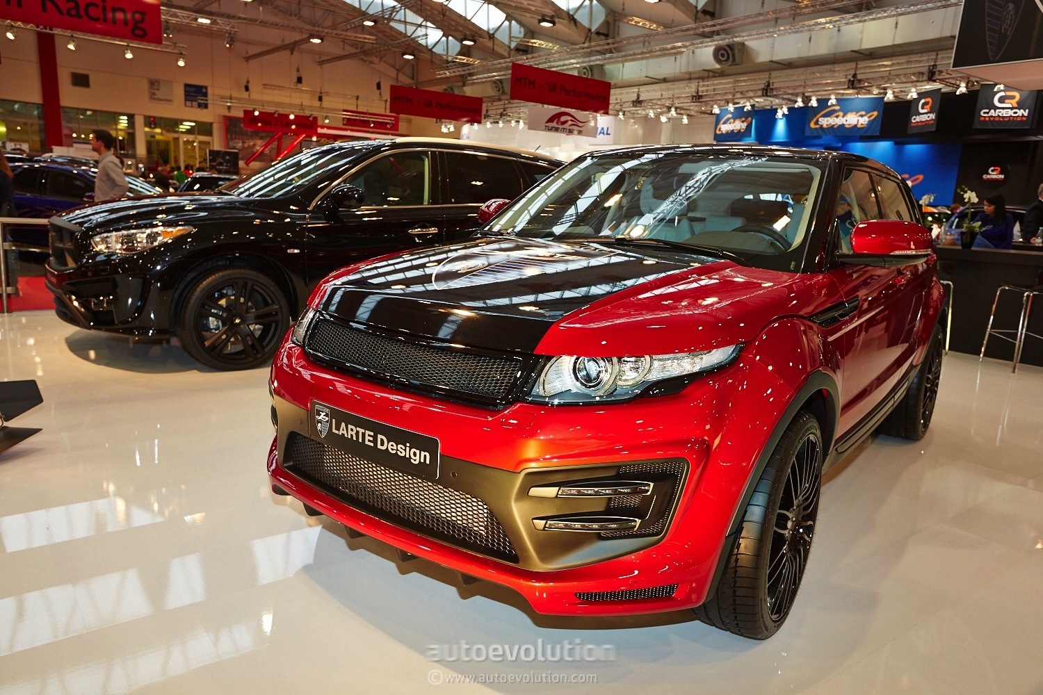 Design Automobile Essen Live Photos Larte Design Range Rover Evoque At The Essen