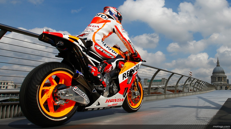 Motogp Wallpaper Hd 1080p Marquez S Honda The First Bike Ever To Cross The