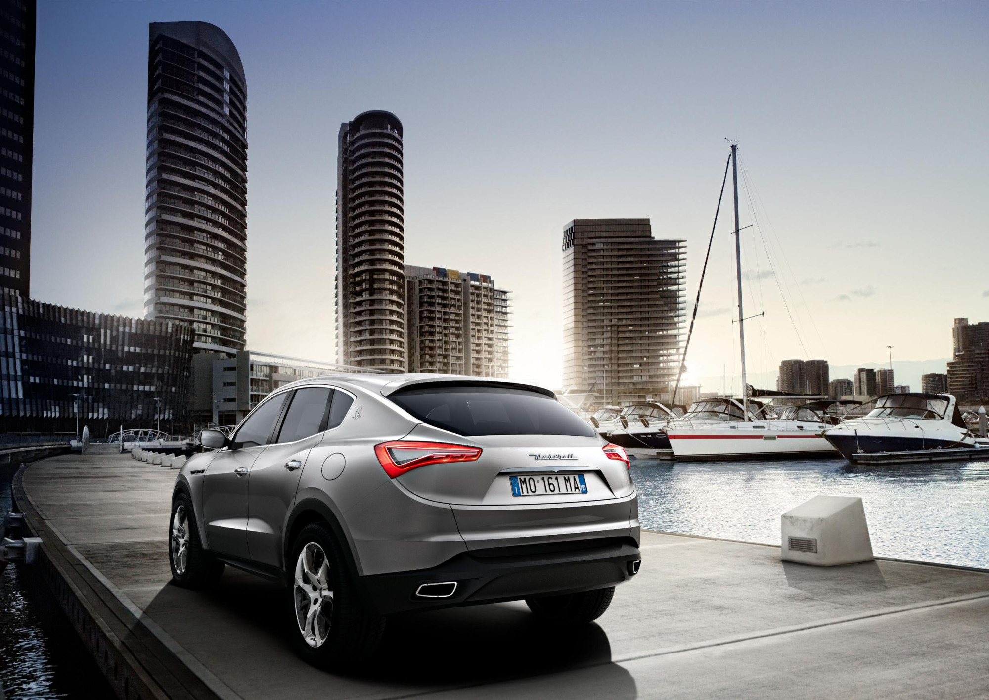 Hemi Car Wallpaper Maserati Unveils 2011 Kubang Luxury Performance Suv
