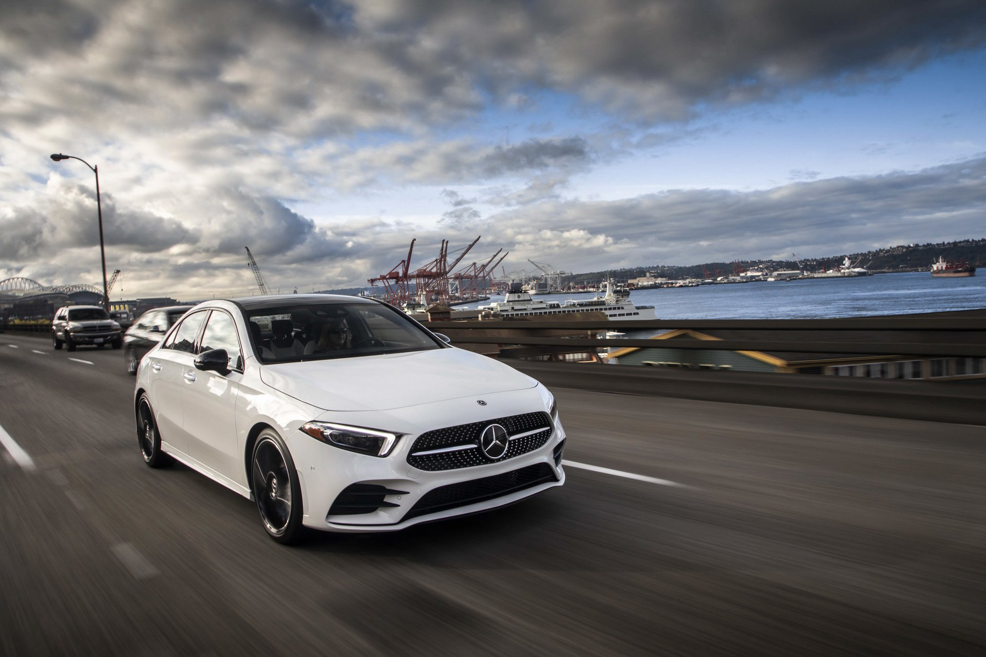 A Class Car Mercedes Benz Showcases 2019 A Class Sedan For U S Market