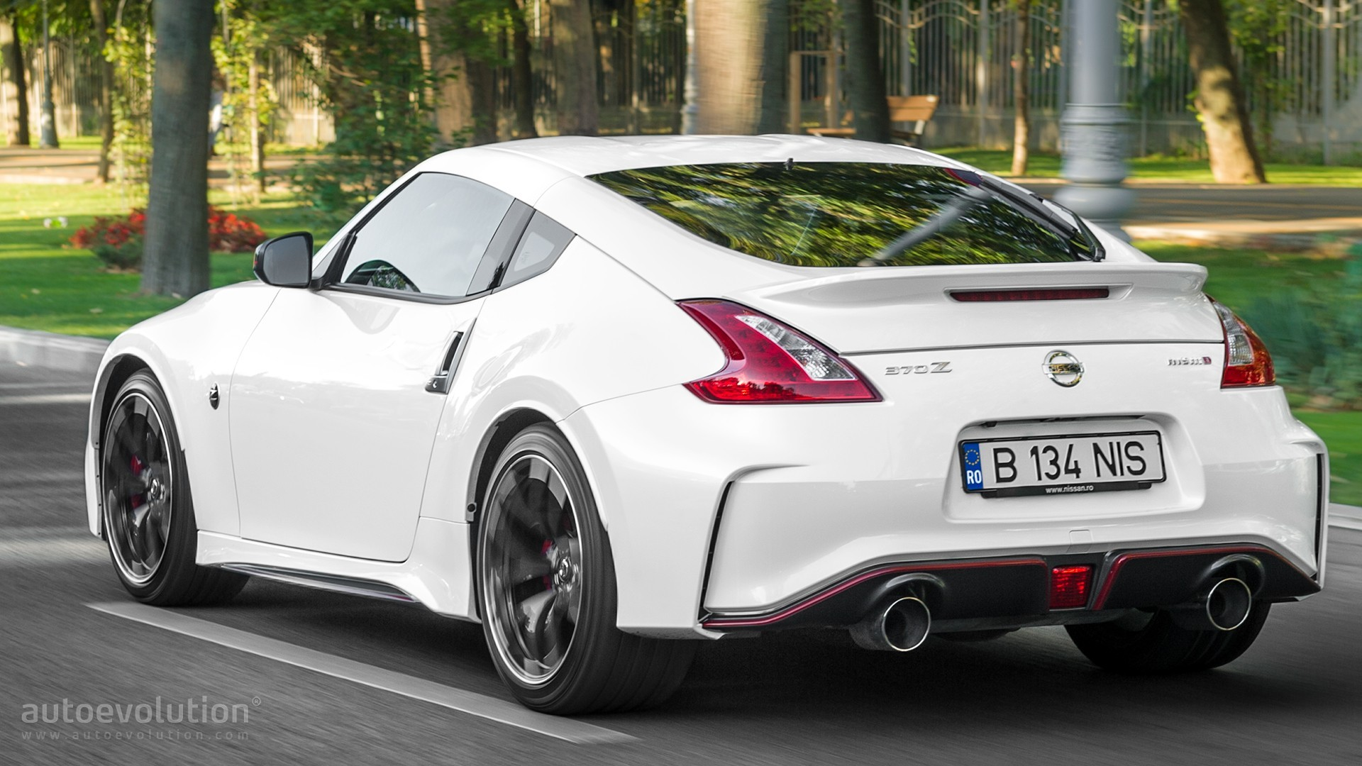 Sports Car 2015 Wallpaper Nissan 370z Replacement Being Shown In Tokyo With 2017 Gt