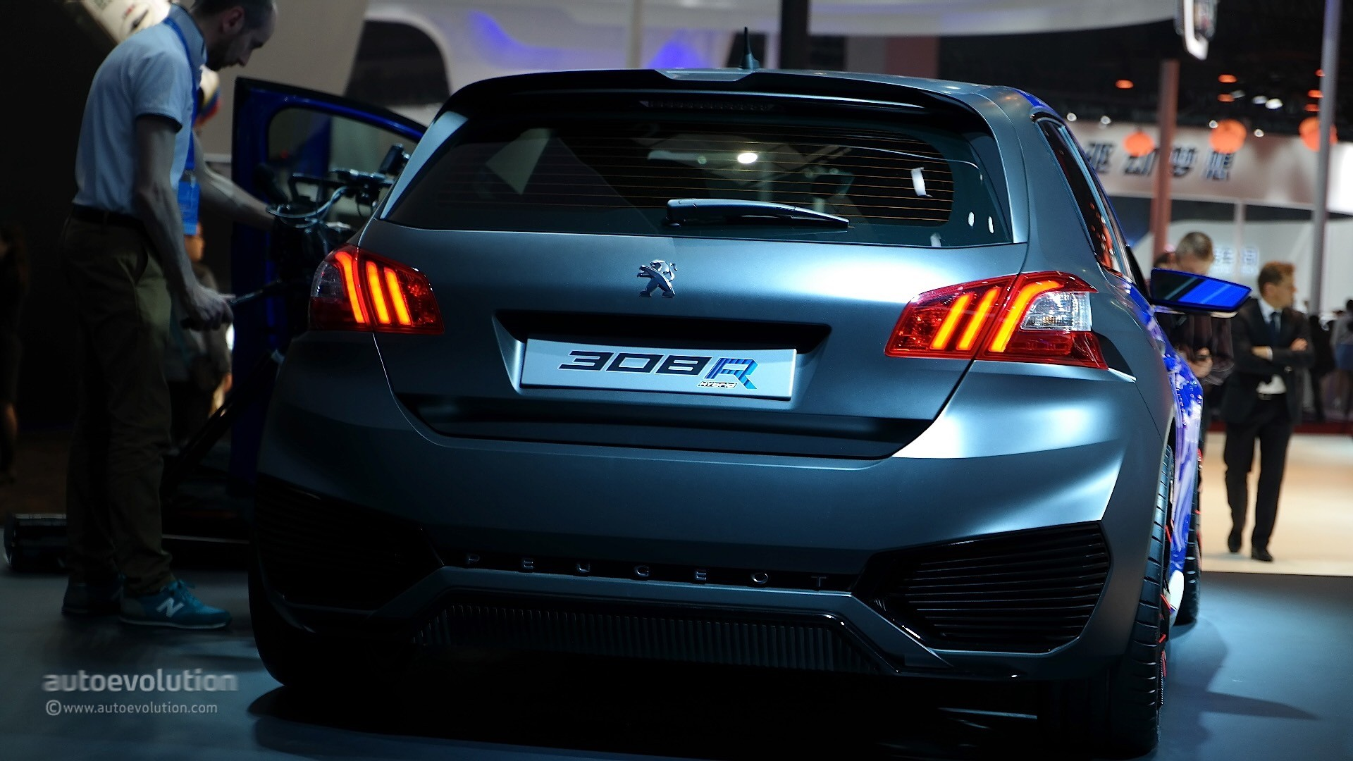 Peugeot 308 R Hybrid Peugeot 308 R Hybrid Is A Rare Mix Between Supercar And