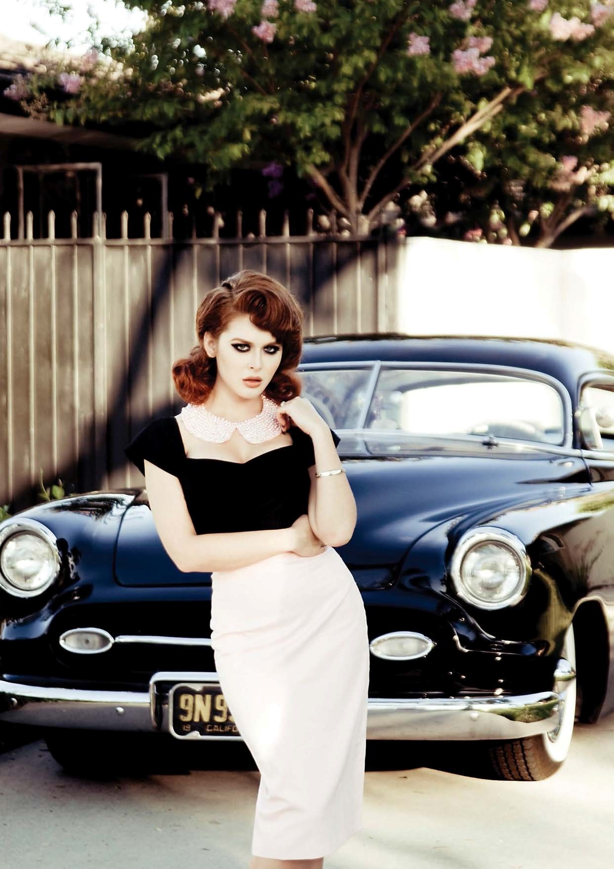 Girls Wallpaper Images Renee Olstead Is Gangsta Hot Next To A Chevy Deluxe