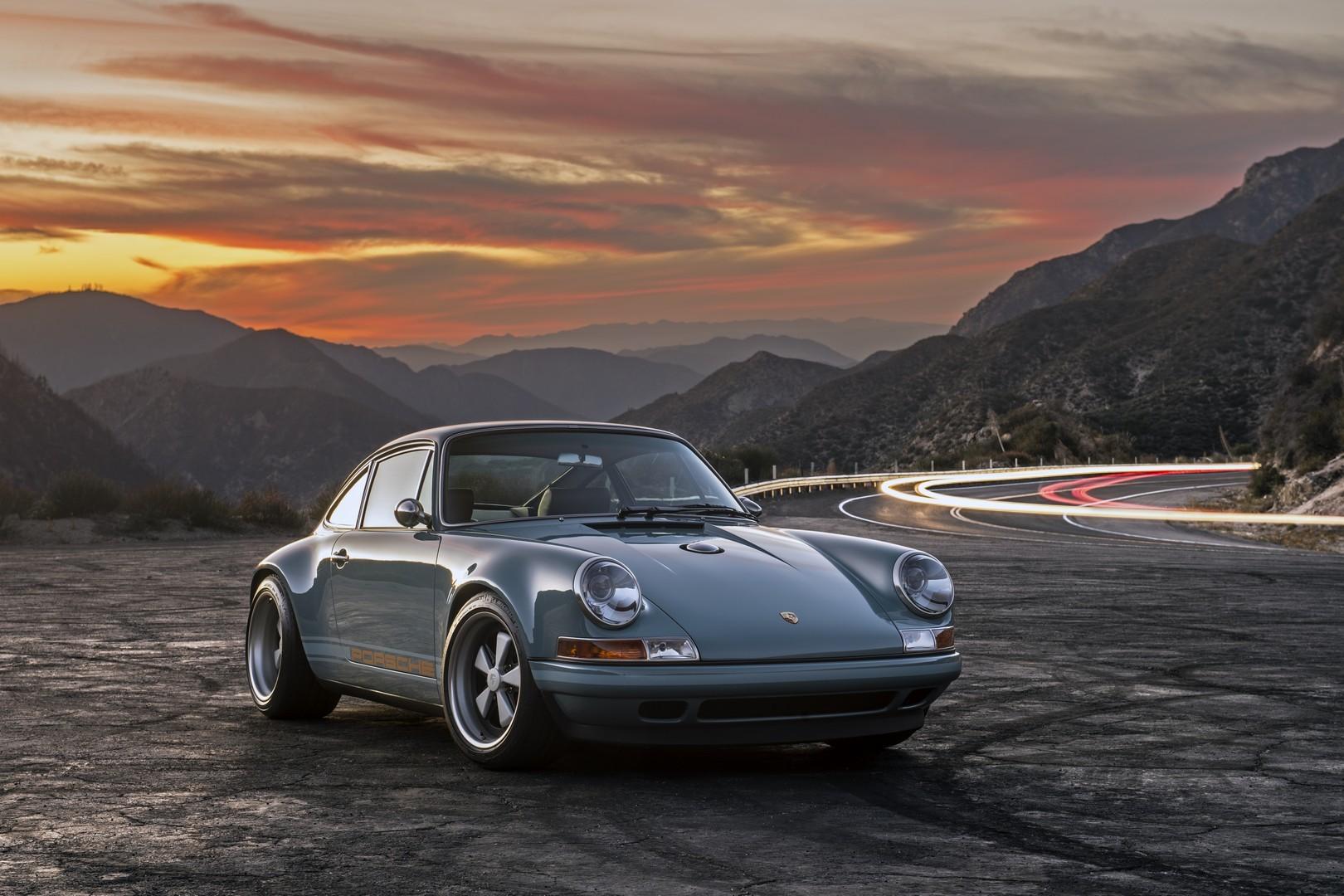 Car Interior Wallpaper Hd Singer Porsche 911 Duo Is Restomod Coolness Autoevolution