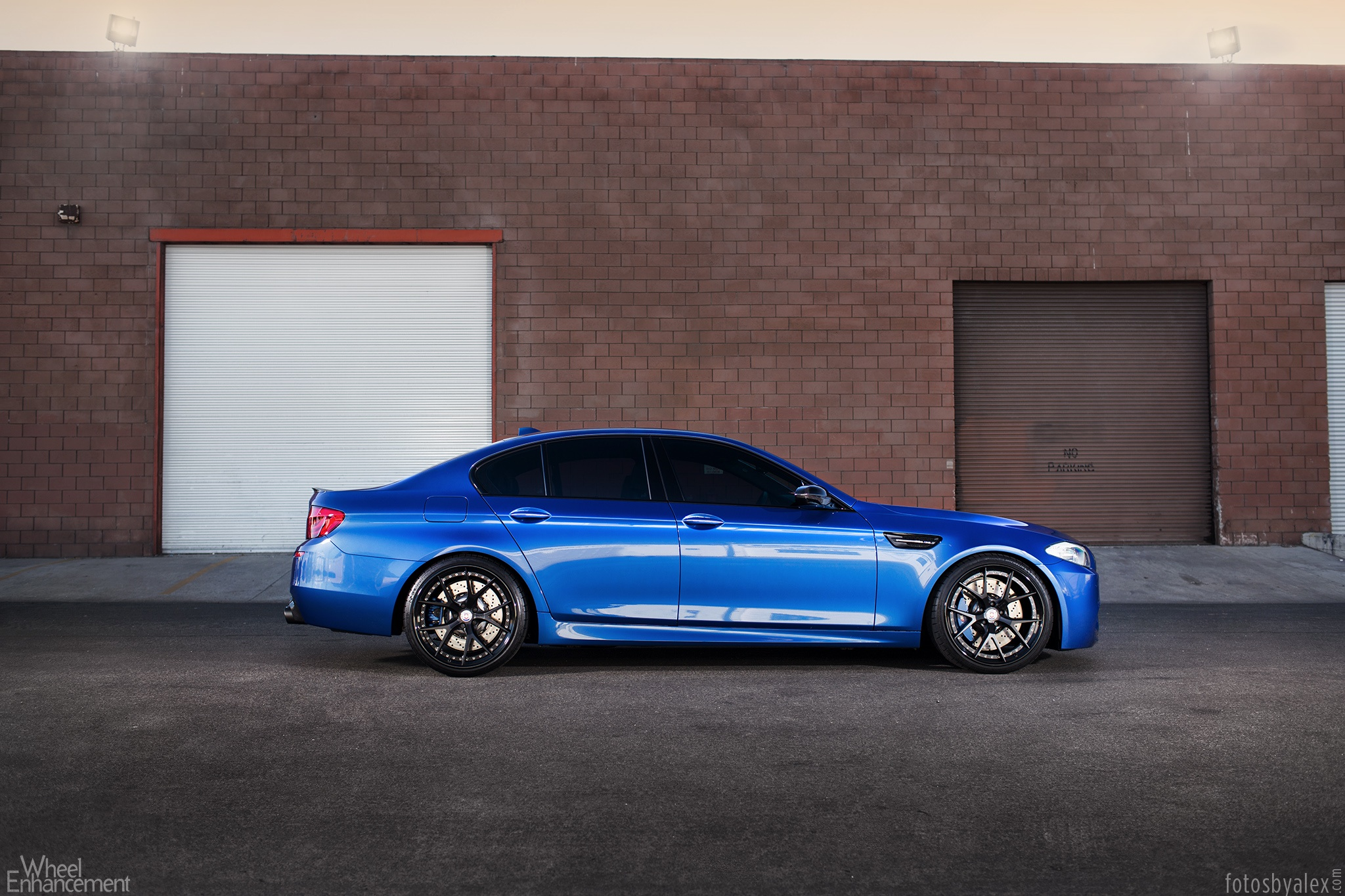 Nasa Iphone 5 Wallpaper The Blue Marble Bmw F10 M5 On Hre S101 Wheels Autoevolution