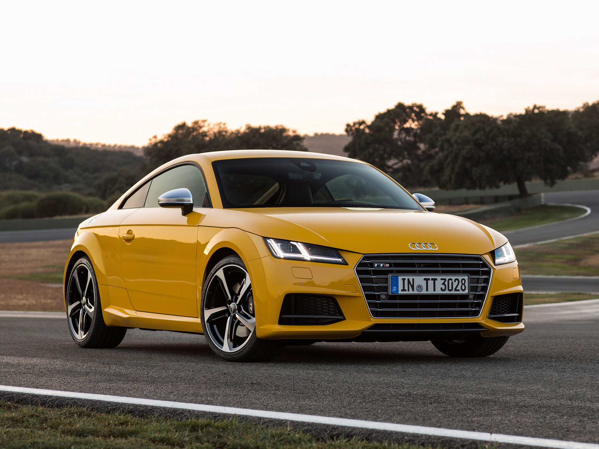Audi Sports Car Wallpaper New Audi Tt Amp Tts Coupe Photos Show Vegas Yellow And Tango
