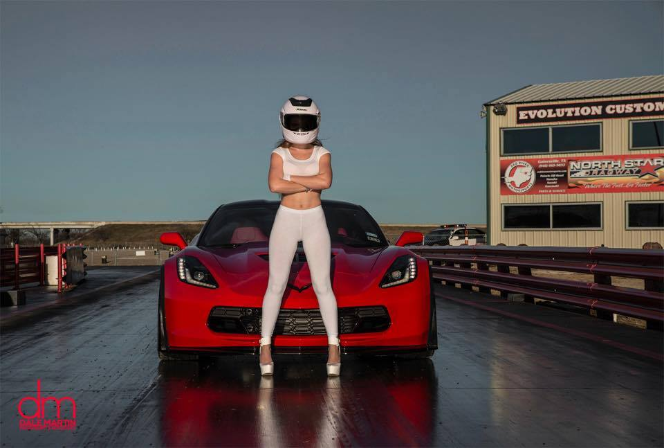 Chevy Girl Wallpaper This Is The Stig S Wife And She Drives A Corvette