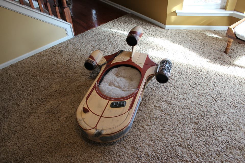 Dubai Police Car Wallpapers Star Wars Landspeeder Is The Best Cat Bed Ever Autoevolution