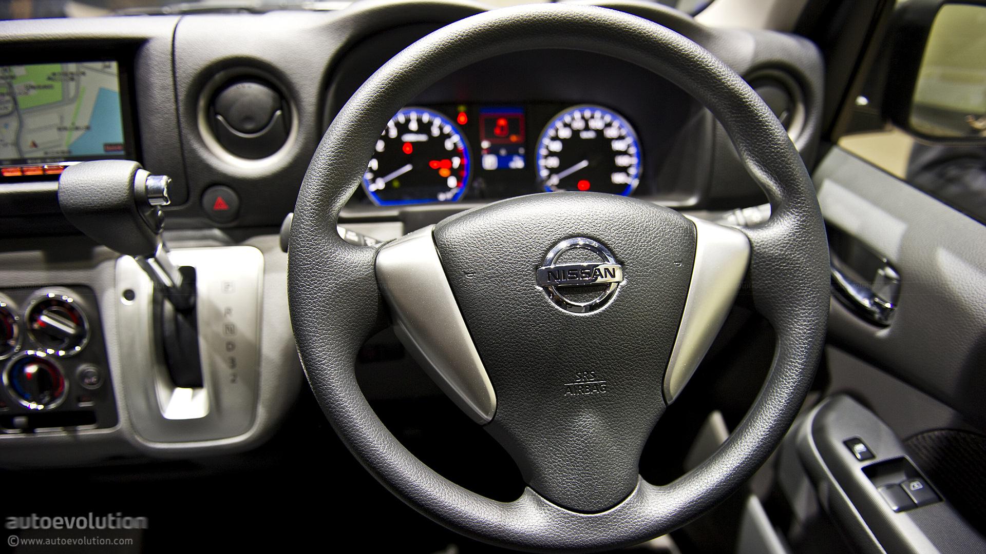 Car Interior Wallpaper Hd Tokyo 2011 Nissan Nv350 Caravan Live Photos Autoevolution