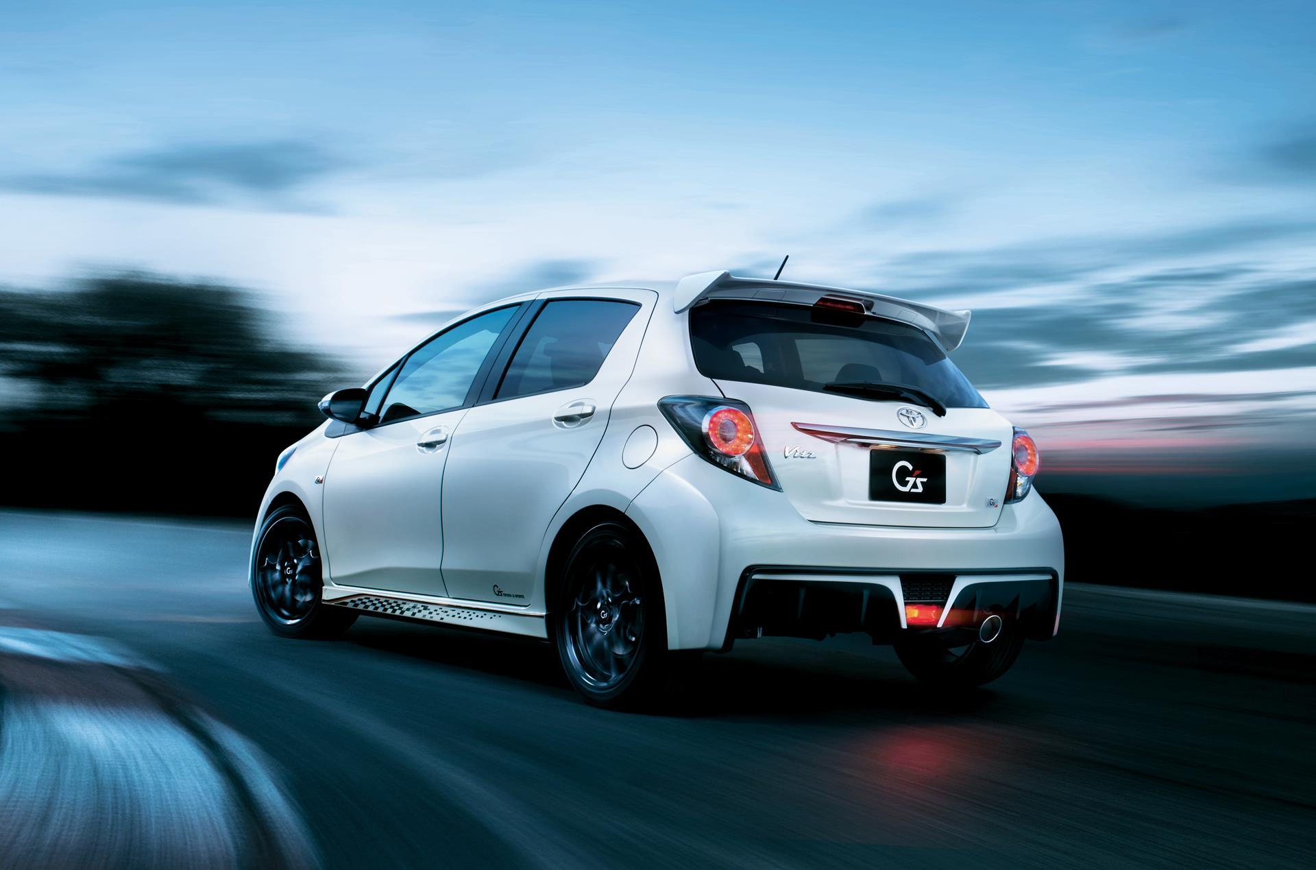 Car Lineup Wallpaper Toyota Yaris Vitz Gets Aygo Style Facelift Autoevolution