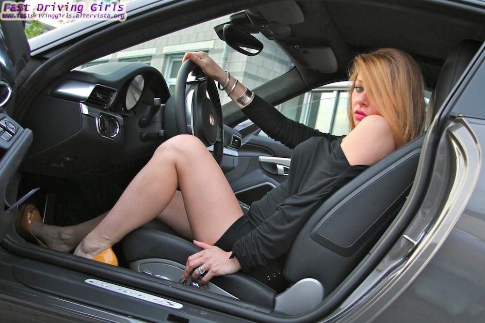 Wallpapers Of Car Corvette Convertible With Black Lights Two Girls Drive A New Porsche 911 In High Heels Video