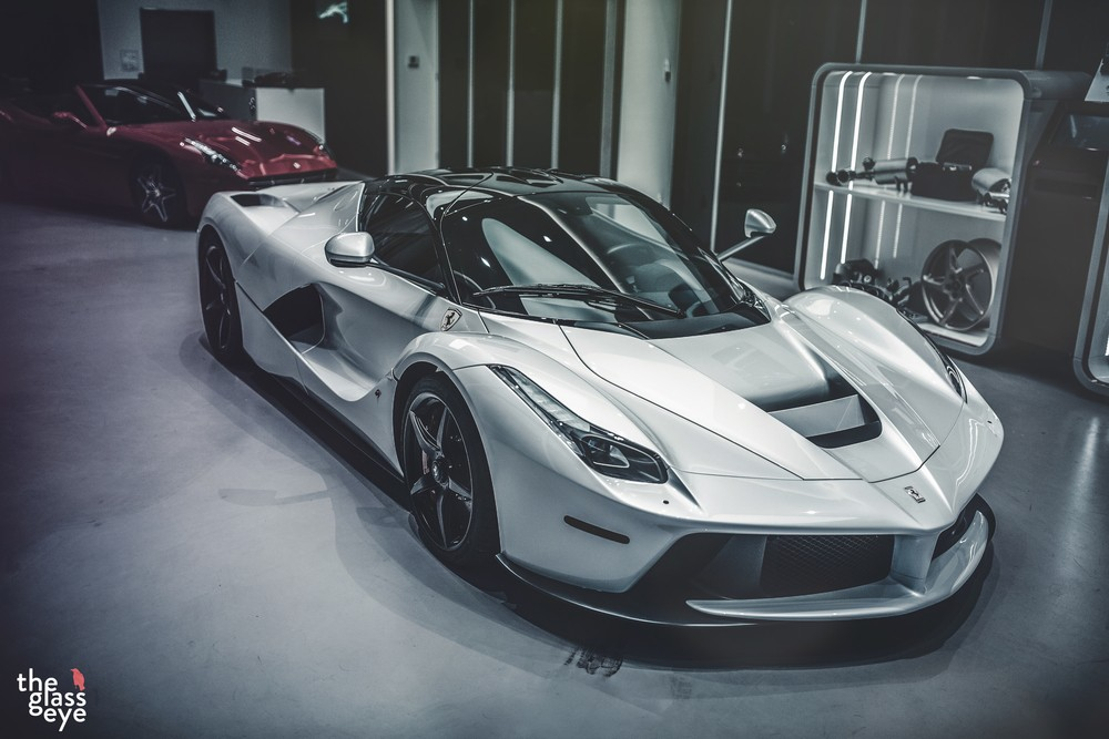 Matte Black Wallpaper White Ferrari Laferrari Is Supreme Eye Candy Autoevolution