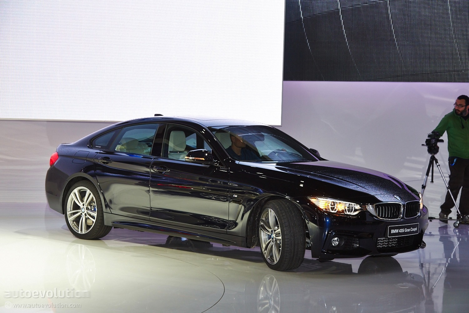 Coolest Car In The World Wallpaper World Debut Bmw 4 Series Gran Coupe Unveiled In Geneva