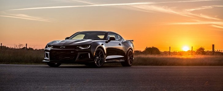Muscle Car Wallpaper Black And White Hennessey Pushes 2017 Chevrolet Camaro Zl1 To 1 000 Hp In