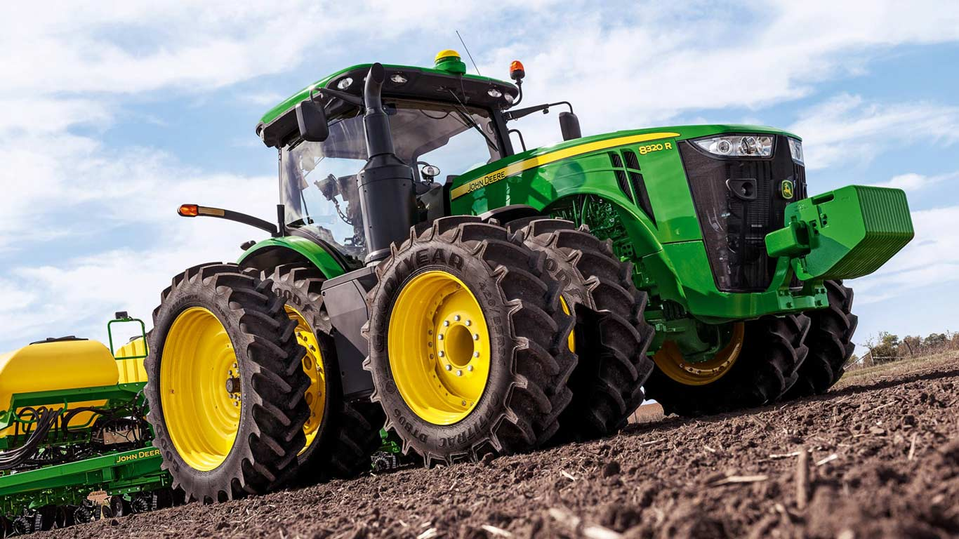 Windows 8 Car Tire Wallpapers John Deere Tractor Leads Police On Slow Speed Chase