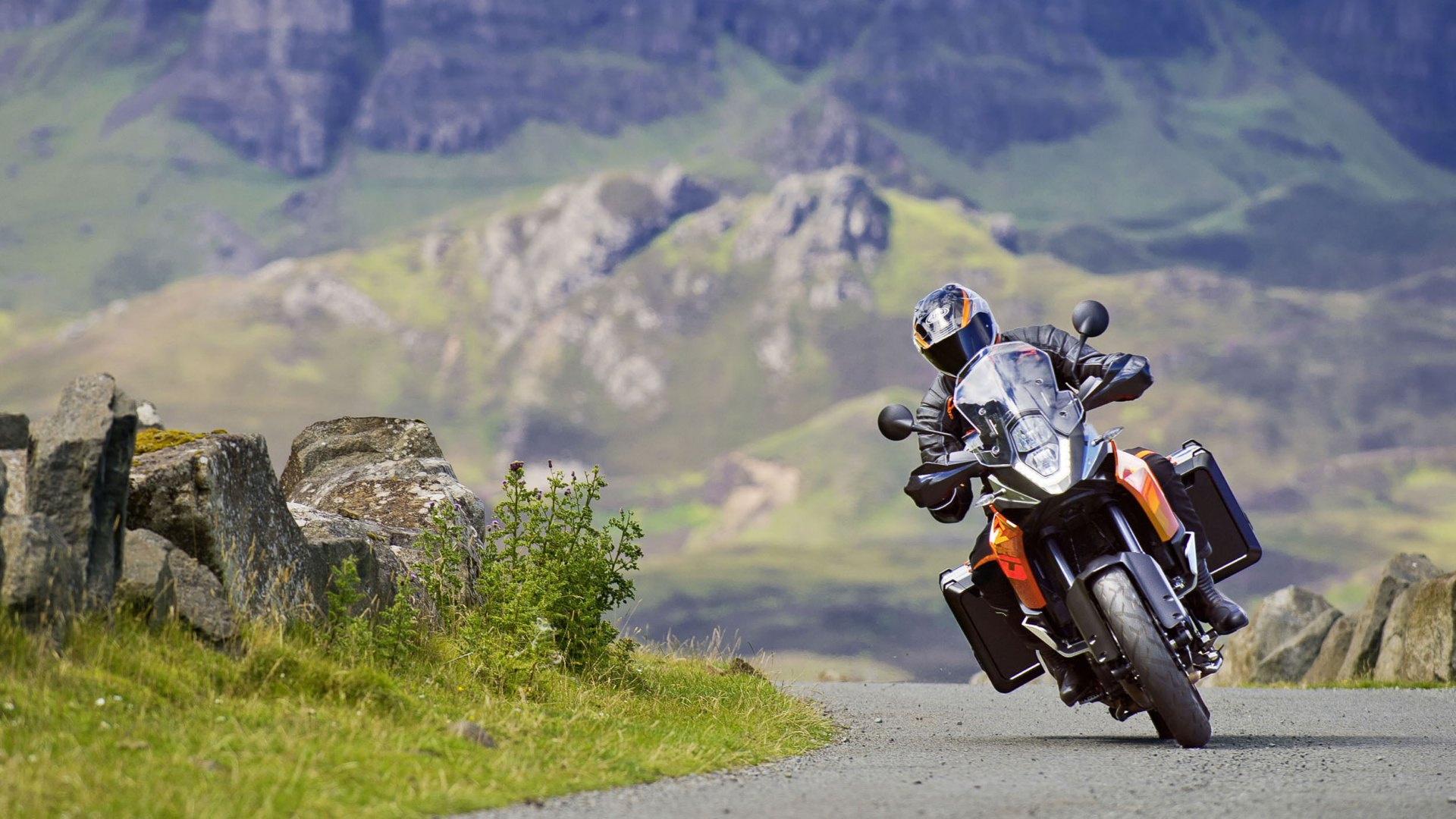 Green Car Modification Wallpaper Ktm 1190 The First Bikes With The Latest Bosch Su Mm5 10