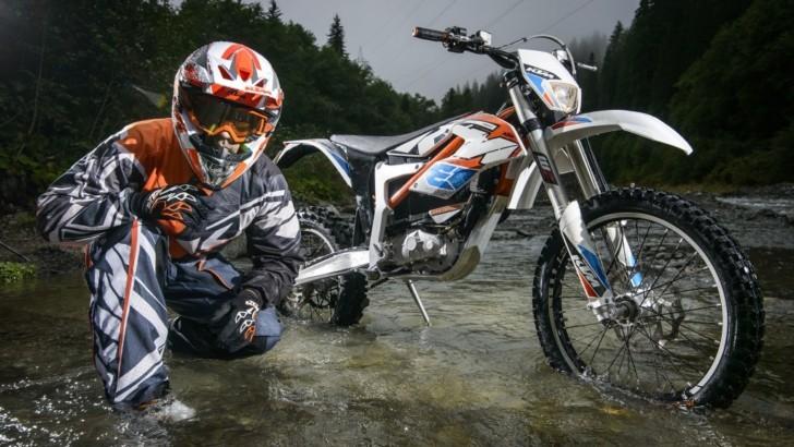 3d Yamaha Motorcycle Wallpaper Ktm Prepares More Electric Motorcycles Autoevolution