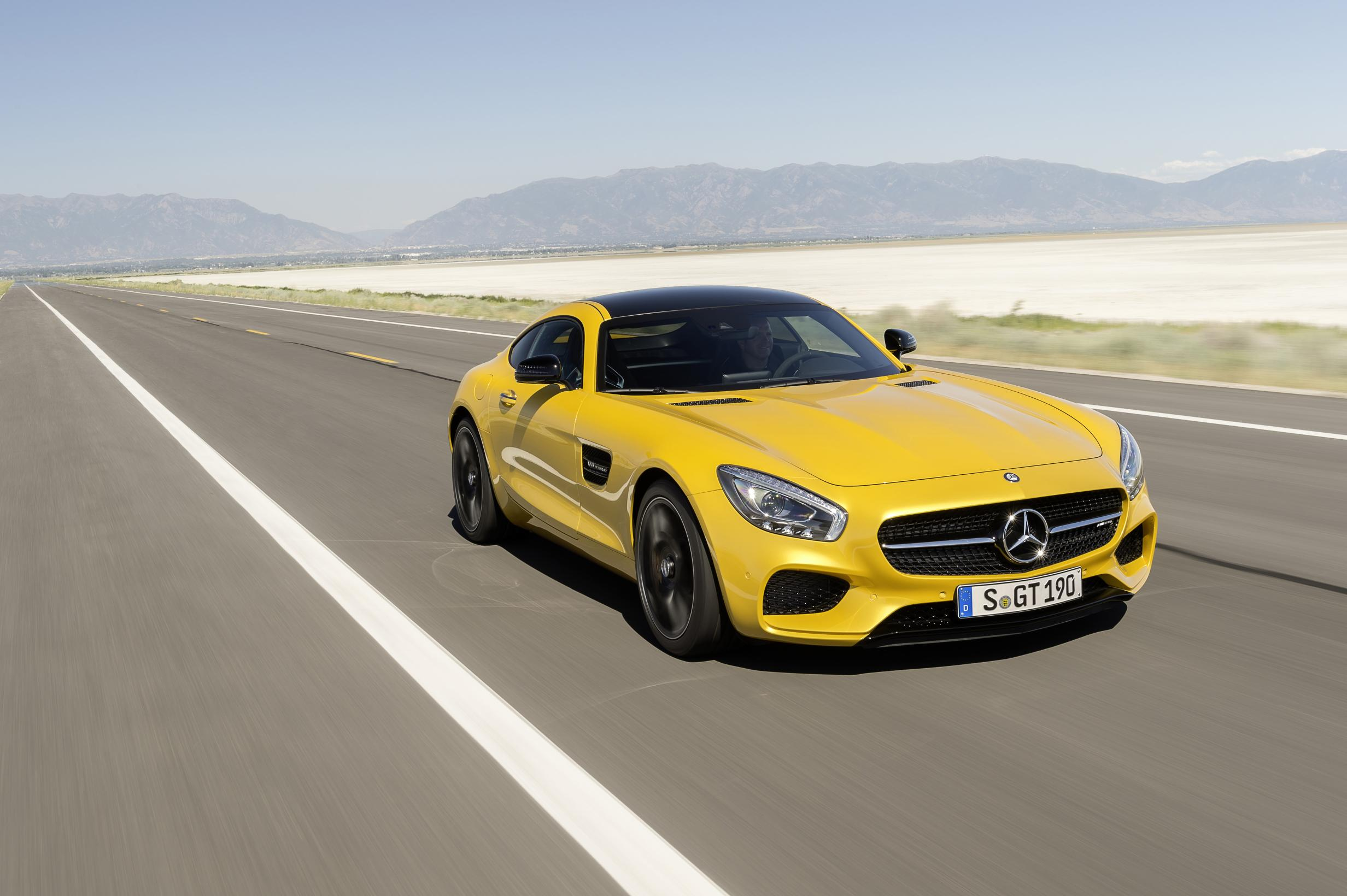 Mercedes Km Mercedes Amg Gt S 100 Km H Acceleration Test And Exhaust Sound
