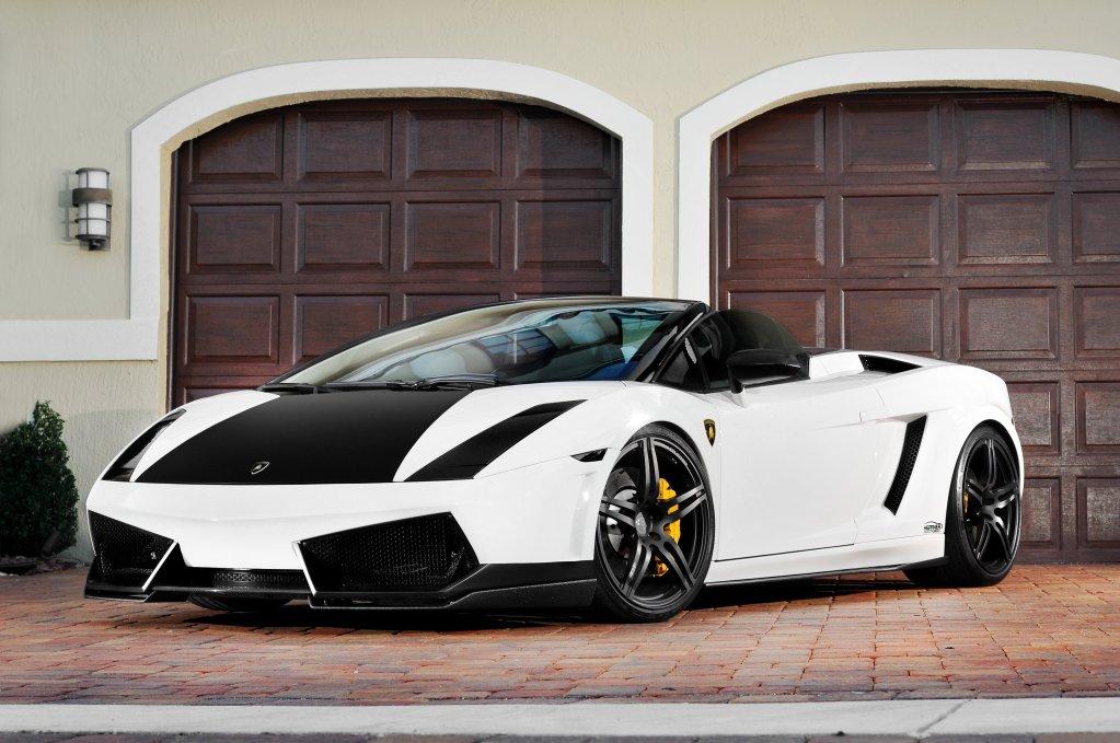 Dubai Girls Wallpaper Twin Turbo Lamborghini Gallardo Plays Black Amp White Game