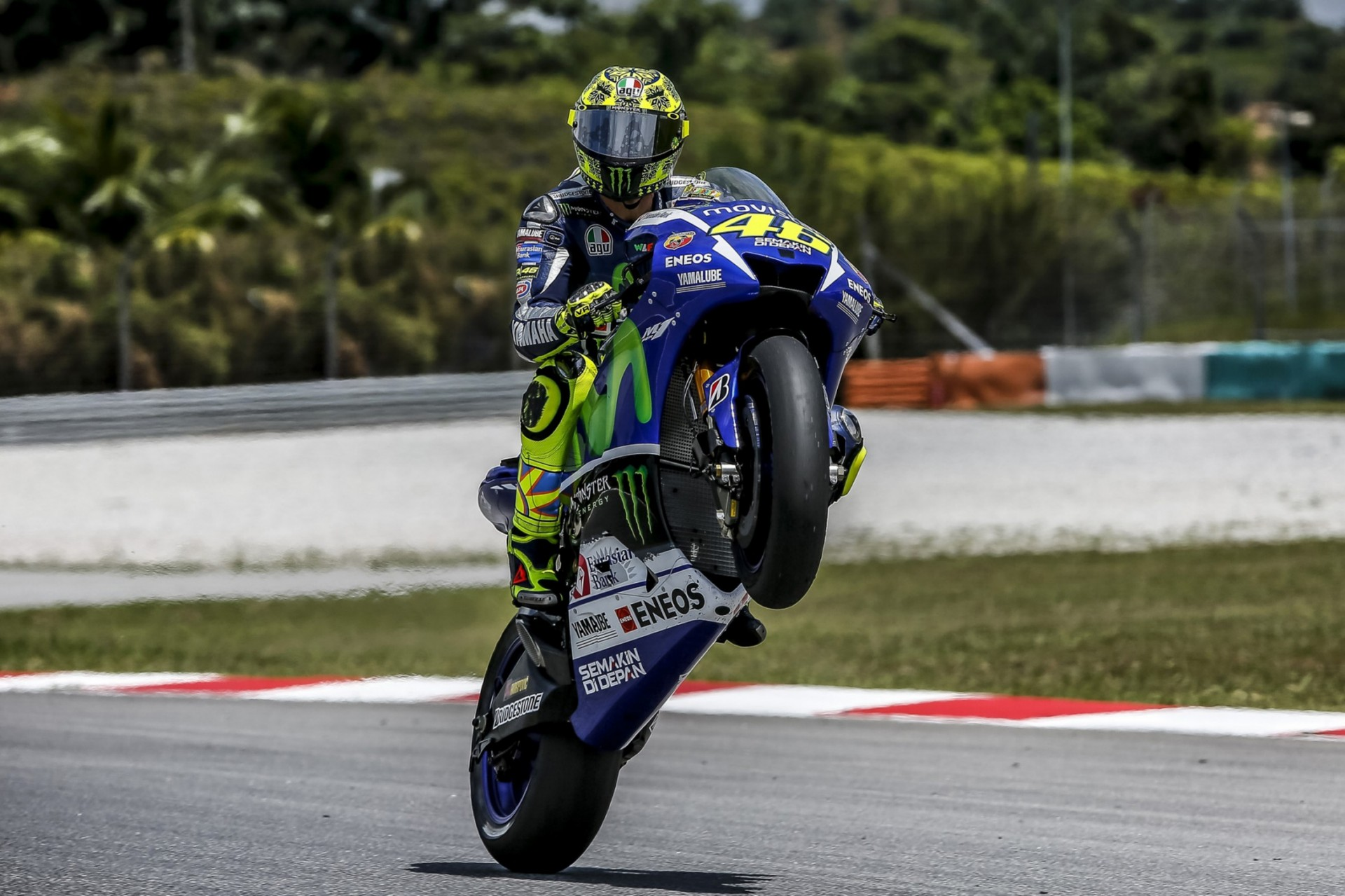 Vr46 Wallpaper Hd Valentino Rossi I Want The Title Linda And A Son