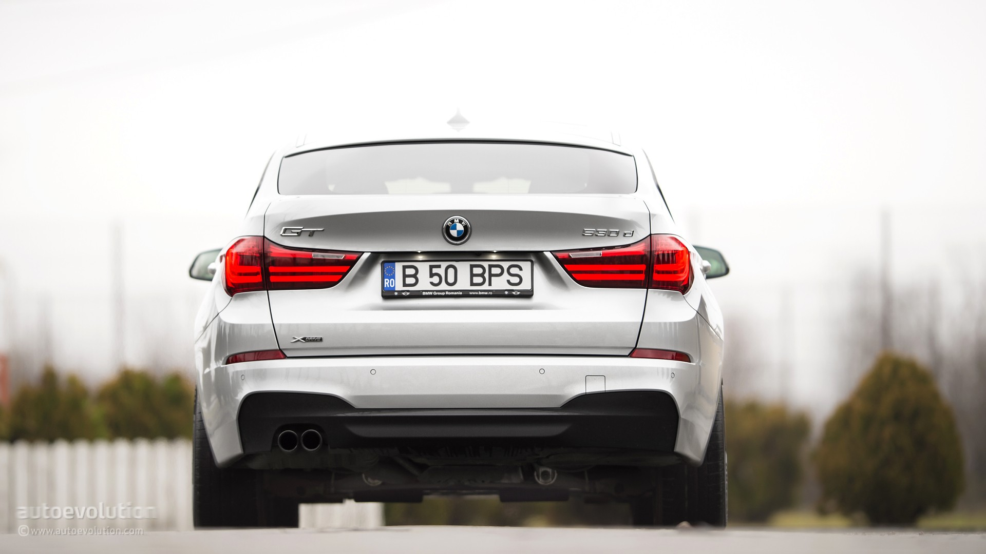 Bmw 5 Series Gran Turismo Review 2015 Bmw 5 Series Gran Turismo Review Autoevolution