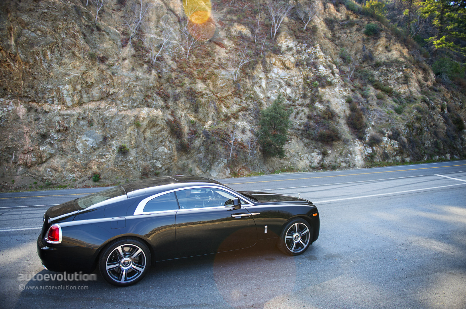 Girl Back Side Wallpaper Rolls Royce Wraith Review Page 2 Autoevolution