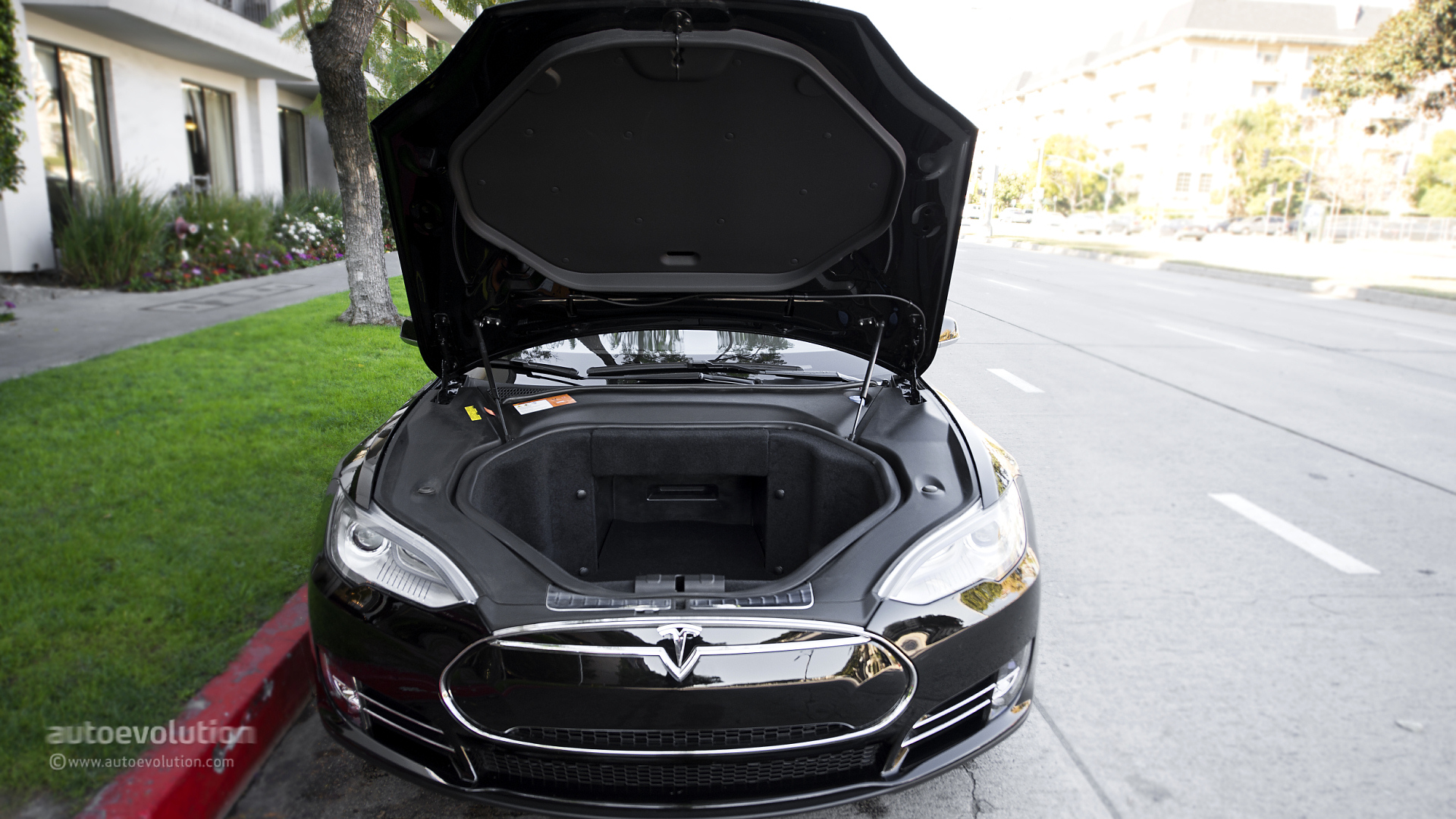 Tesla Model S Review Autoevolution