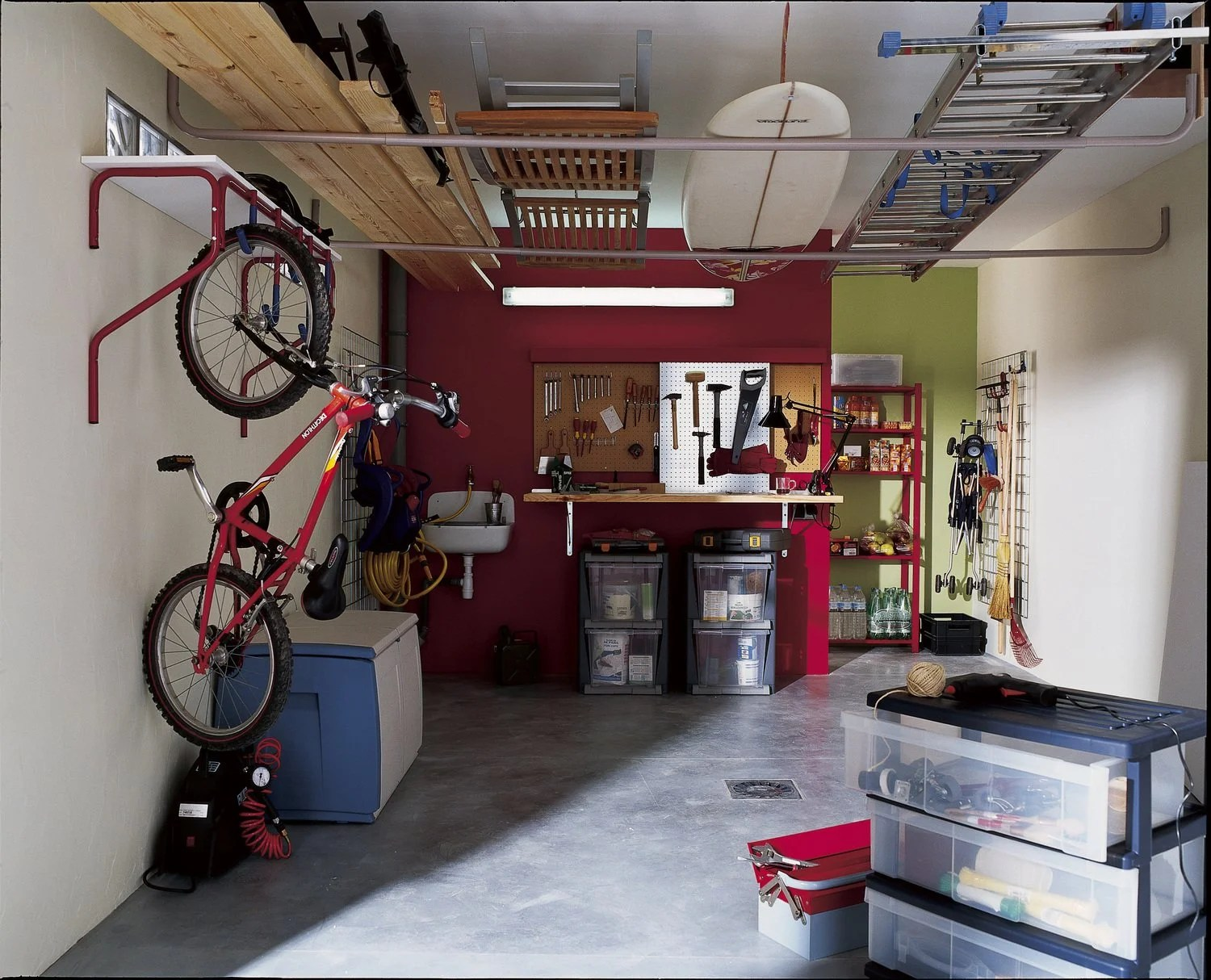 Idee Amenagement Garage Rangements Dans Le Garage Leroy Merlin