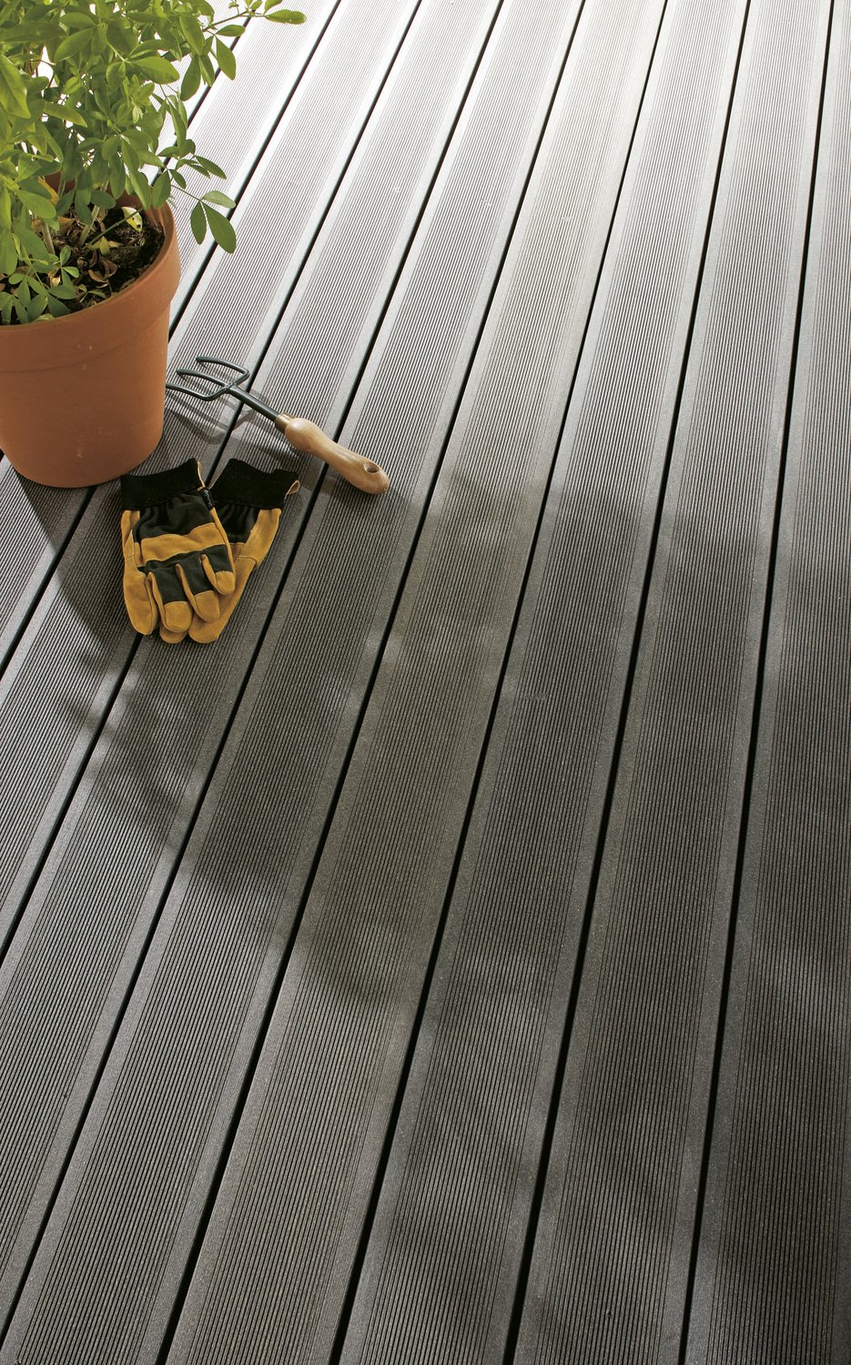 Terrasse Facile Terrasse Composite Gris Anthracite Affordable Photos Vivastreet
