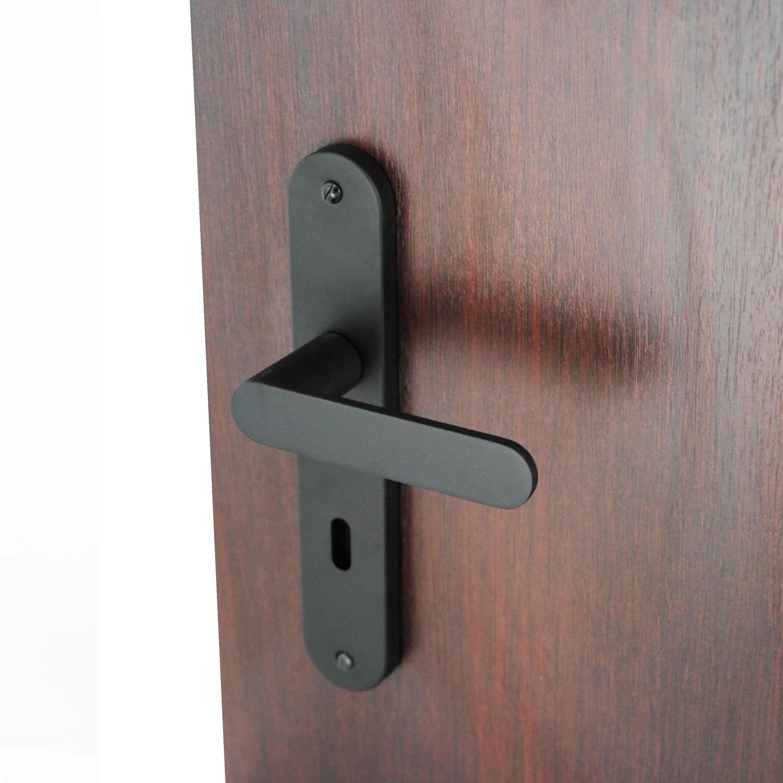 trou dans porte reboucher trou mur platre g nial luxe reboucher trou porte. Black Bedroom Furniture Sets. Home Design Ideas