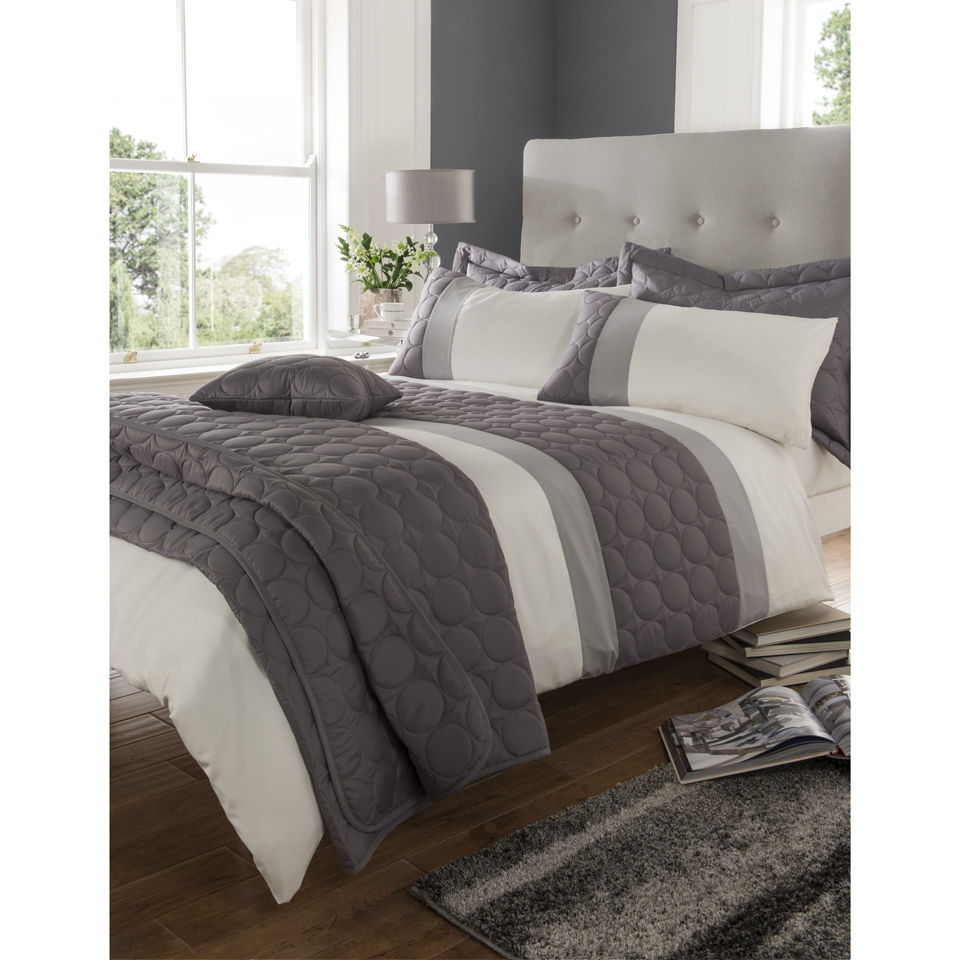 Catherine Lansfield Christmas Bedding Catherine Lansfield Universal Bedding Set Charcoal