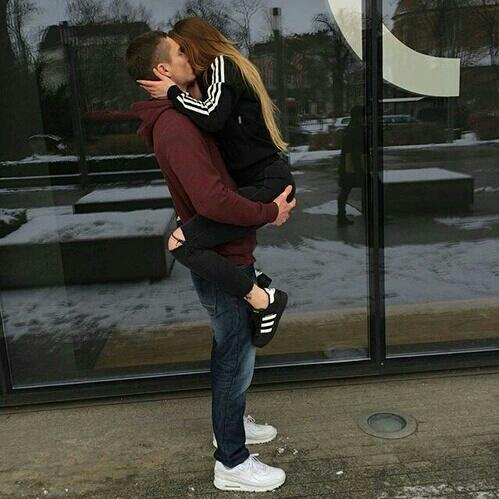 Boy And Girl Hugging Wallpaper Boyfriends Image 4066827 By Helena888 On Favim Com