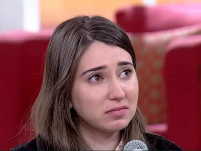 Patrícia Moreira chora no Encontro (Foto: Encontro com Fátima Bernardes/TV Globo)