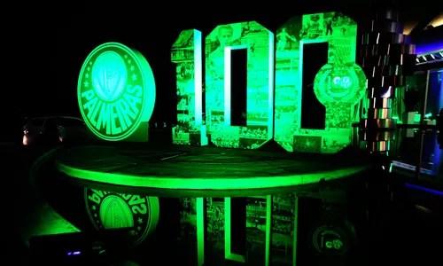 Tottenham Iphone 4 Wallpaper Palmeiras Celebra Seus 100 Anos Mas Ronaldinho Monopoliza