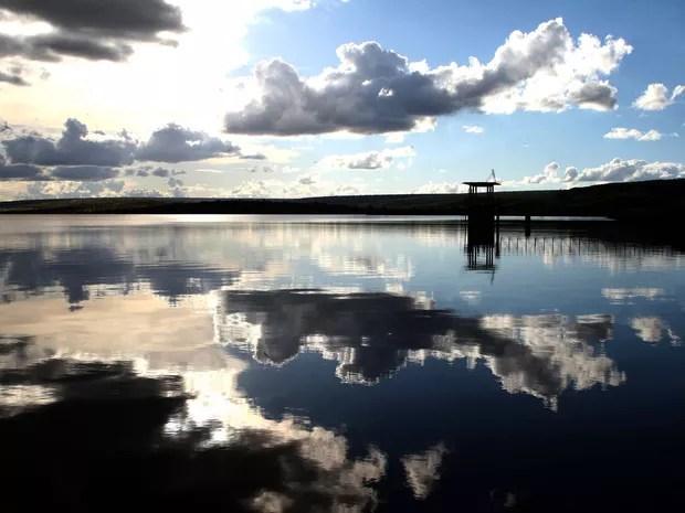 Água na barragem de Santa Maria (Foto: Toninho Tavares/Agência Brasília)