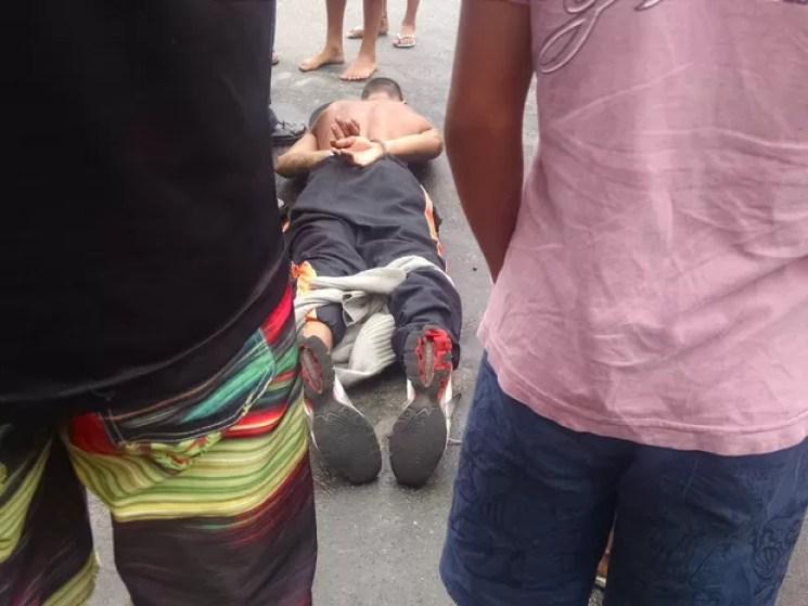 Popupalares renderam criminoso em São Vicente, SP (Foto: Rafaella Mendes/G1)