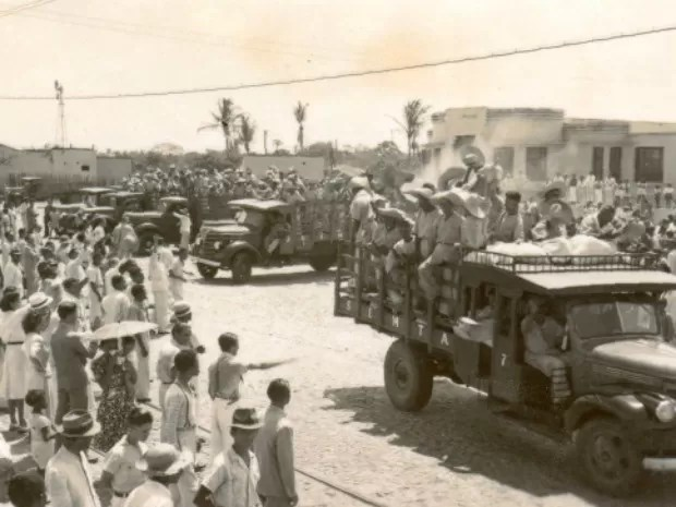 Livro conta a história dos soldados da borracha e também ilustra momentos da época  (Foto: Arquivo/SEMTA)