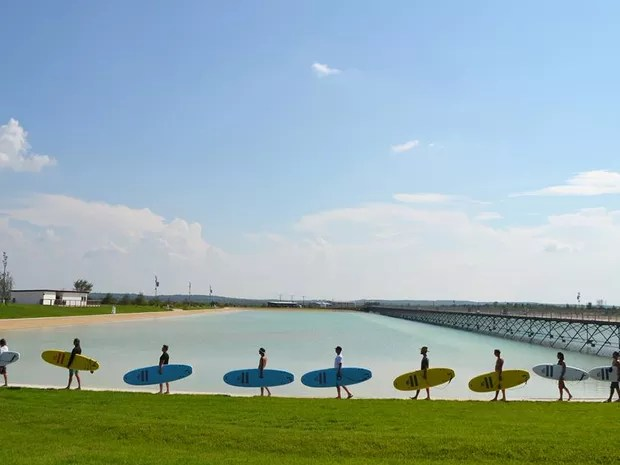 Parque tem mais de 60 mil metros quadrados e vai oferecer dois tipos de onda para os surfistas (Foto: Divulgação)