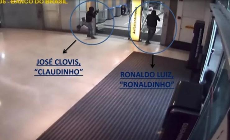 HOmens apontados como líderes da quadrilha de assaltos a carros-fortes aparecem nas imagens feitas na ação no Shopping Recife — Foto: Polícia Civil/Divulgação