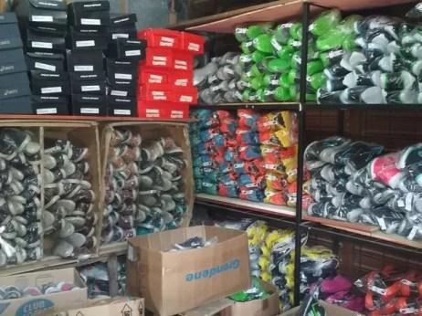 Produtos falsificados foram apreendidos pela Polícia Civil no Agreste (Foto: Divulgação/Polícia Civil)