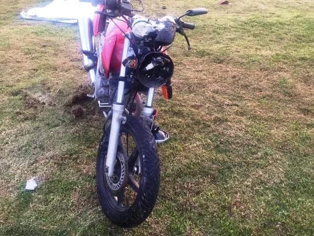 Acidente aconteceu neste sábado (27) na rodovia A101D (Foto: PMRv/Divulgação)