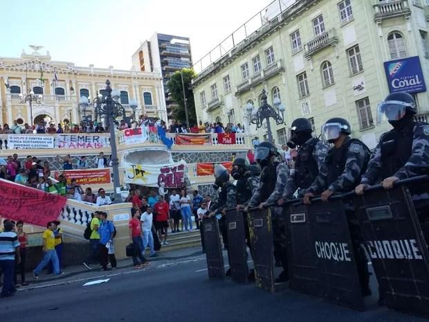 Protesto em Vitória (Foto: Geraldo Nascimento/ A Gazeta)