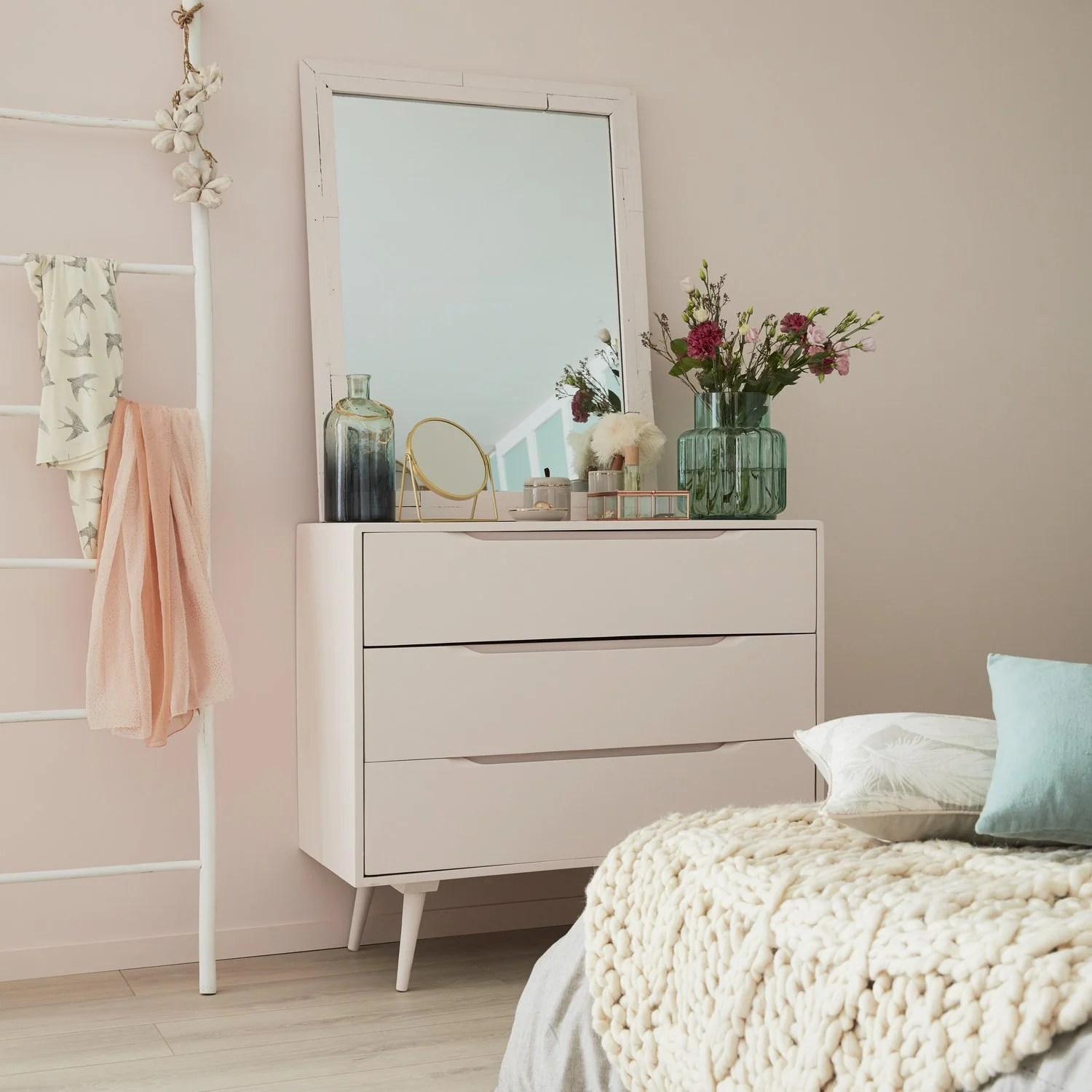 Commode Et Mur Rose Kiss Leroy Merlin