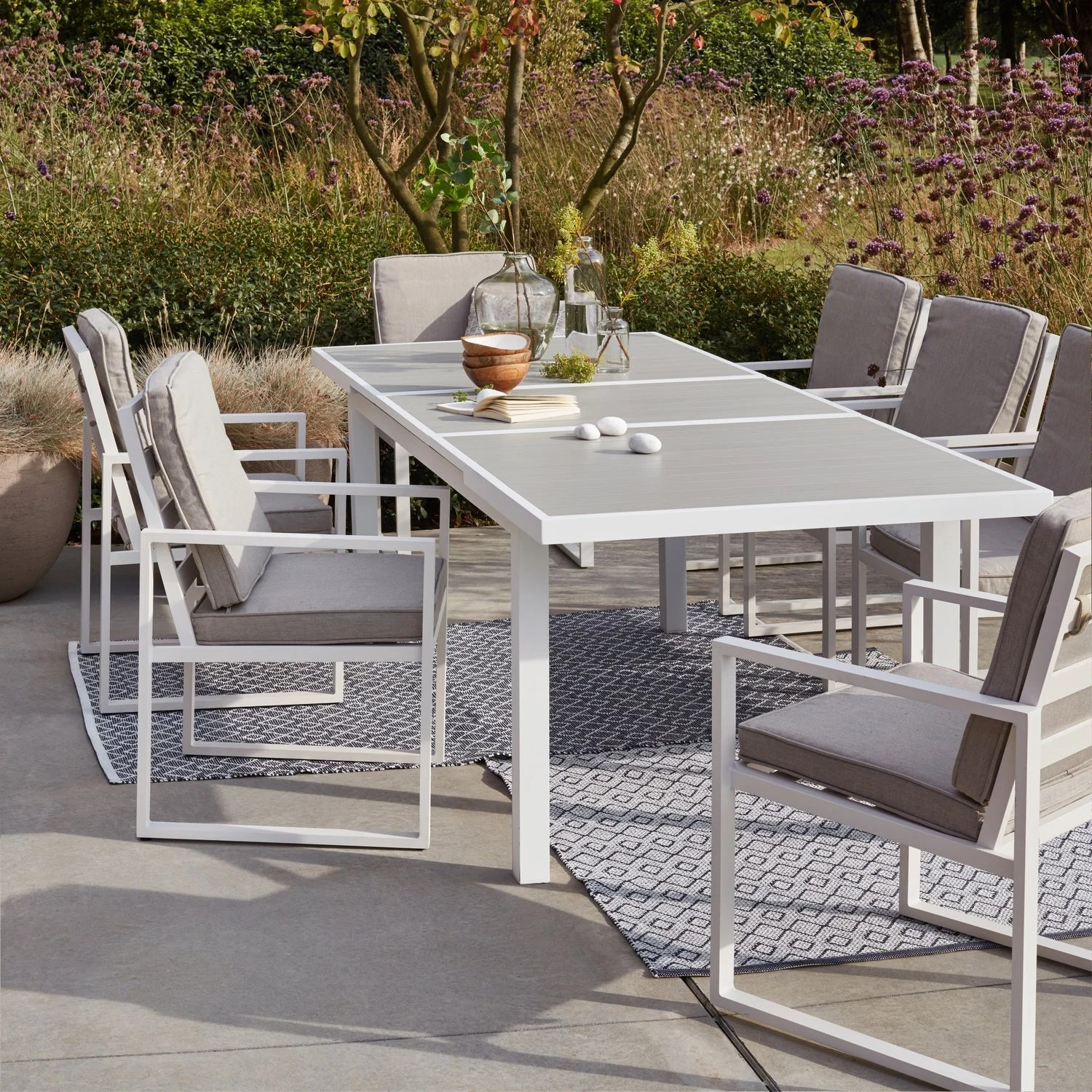 Salon De Jardin Romantique Blanc La Nouvelle Collection De Salon De Jardin 2019 Leroy Merlin