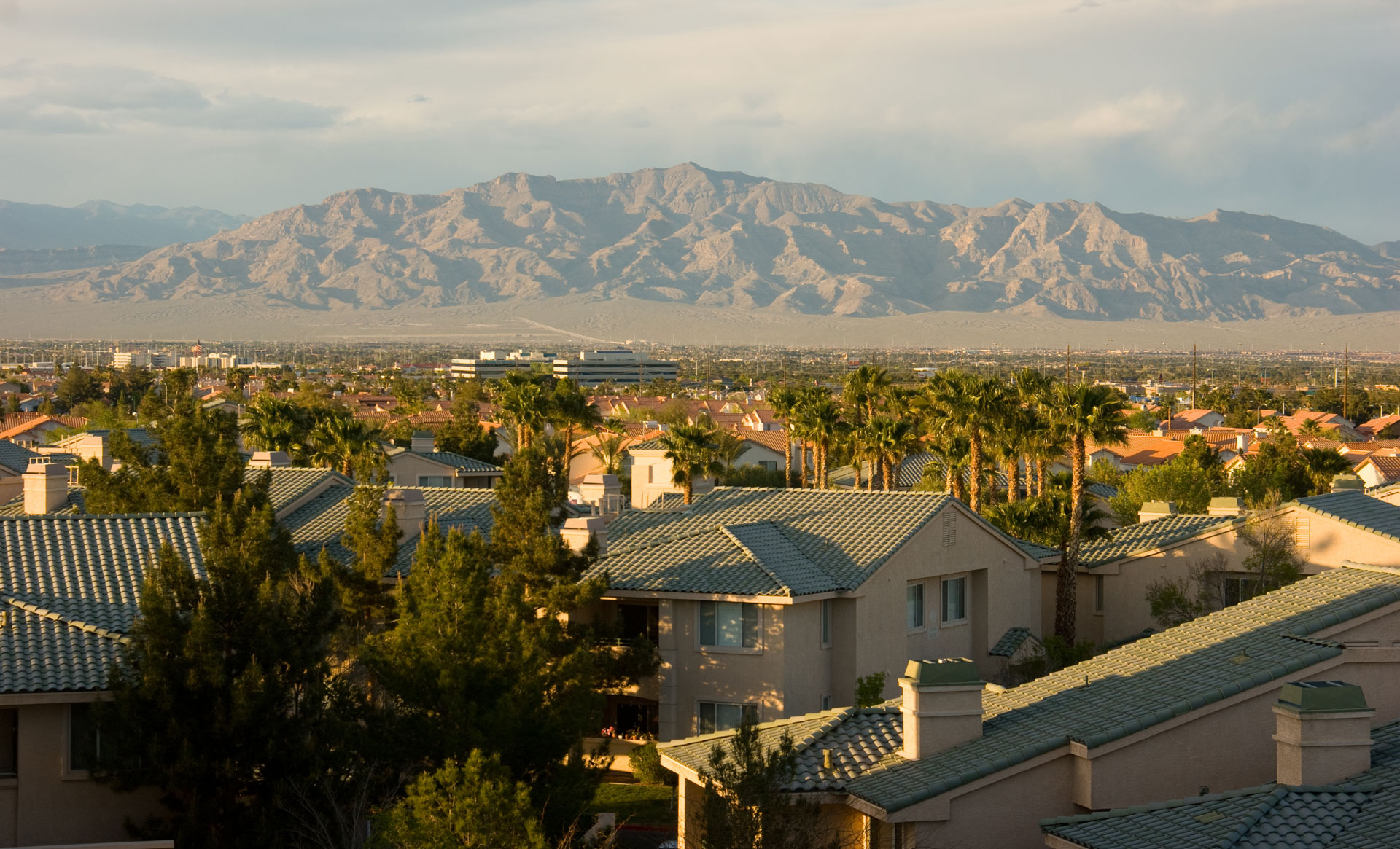 Homes For Sale In Southwest Las Vegas Moving To Las Vegas The 2018 Locals Guide Life Storage Blog