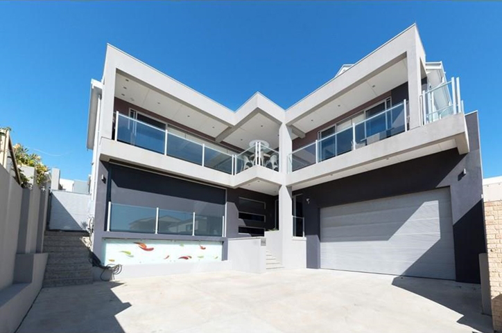 59a West Coast Drive Watermans Bay Contact The Agent