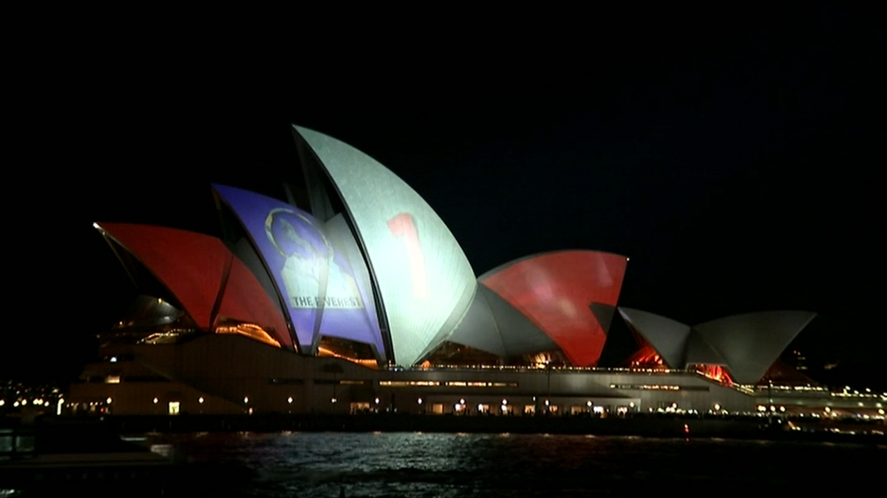 Opera House Advertising The Everest Horse Racing