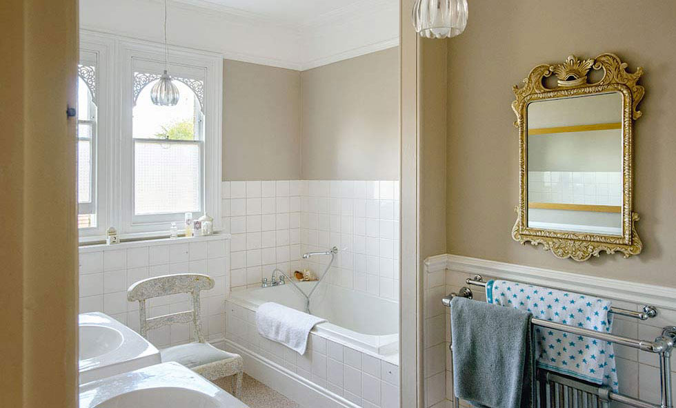 Choosing The Right Size Tiles For A Small Bathroom - Period Living